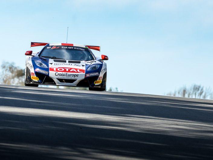 Showcase: Circuit Racing